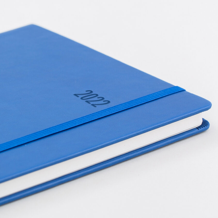 2022 Week Diary Forbes Blue Cover